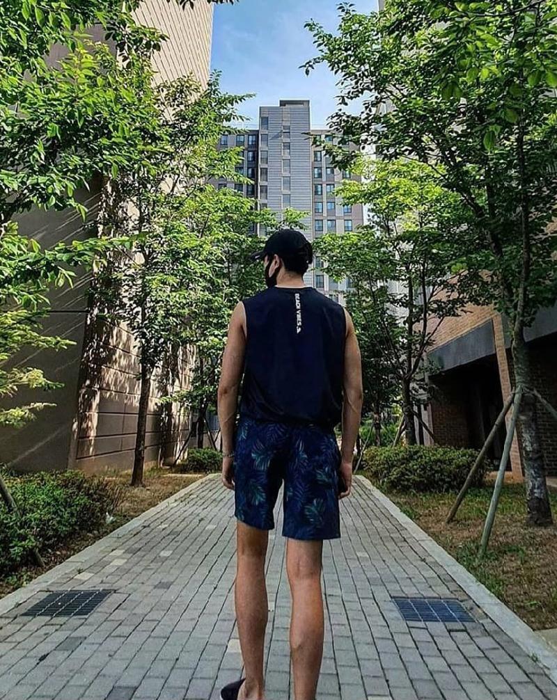 Short nam đi biển xuất Hàn